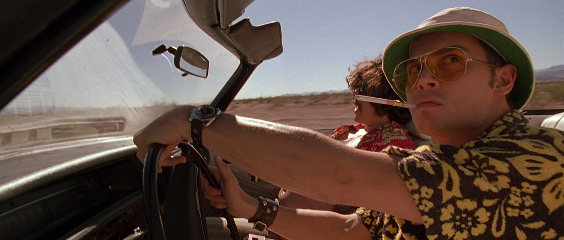 7752f25d28 Ray-Ban Shooter RB3138 Aviator Sunglasses Worn by Johnny Depp in Fear and  Loathing in Las Vegas (1998)