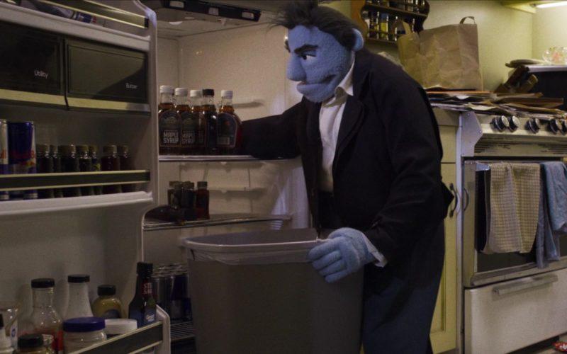 Red Bull Energy Drinks in The Happytime Murders (2)