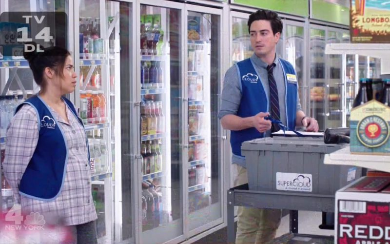 Redd's Apple Ale in Superstore Season 4 Episode 6