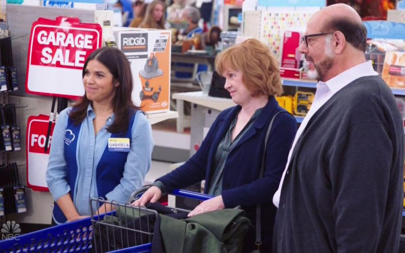 Ridgid Power Tools in Superstore Season 4 Episode 7 (1)