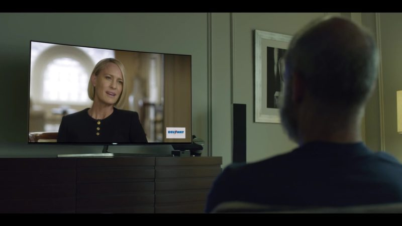 Samsung Curved 4K UHD TV in House of Cards Season 6 Episode 7 Chapter 72 (2018) - TV Show Product Placement
