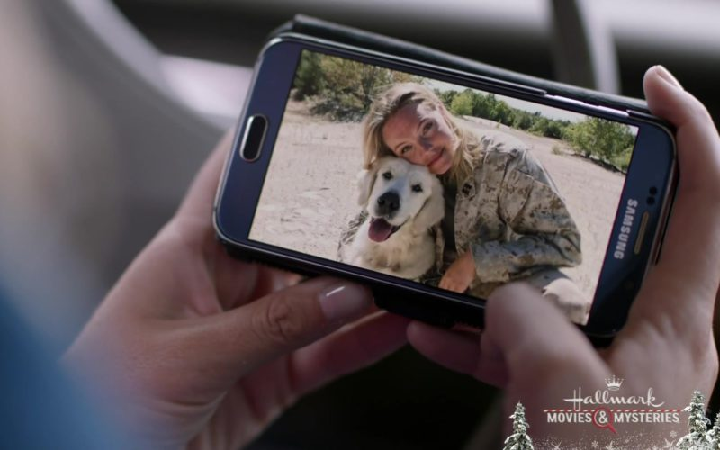 Samsung Galaxy Android Mobile Phone Used by Eloise Mumford in A Veteran's Christmas (5)