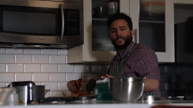 "Samsung Microwave Oven in Blindspot: Season 4, Episode 4, ""Sous-Vide"" (2018) - TV Show Product Placement"
