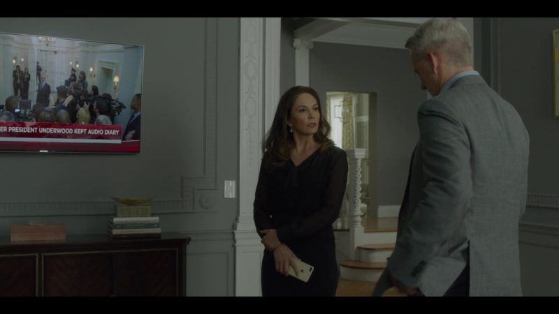 Samsung TV in House of Cards Season 6 Episode 8 Chapter 73 (2018) - TV Show Product Placement