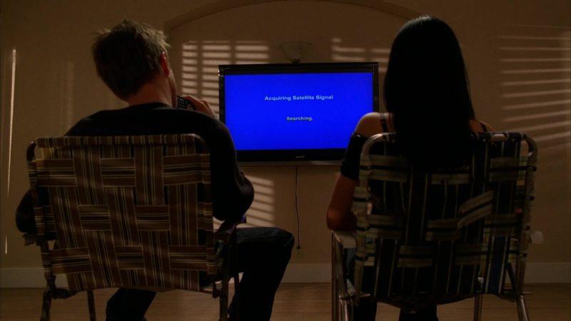Sharp TV in Breaking Bad Season 2 Episode 7: Negro y Azul (2009) - TV Show Product Placement