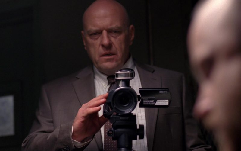 Sony Camcorder Used by Dean Norris (Hank Schrader) in Breaking Bad Season 5 Episode 11 (2)