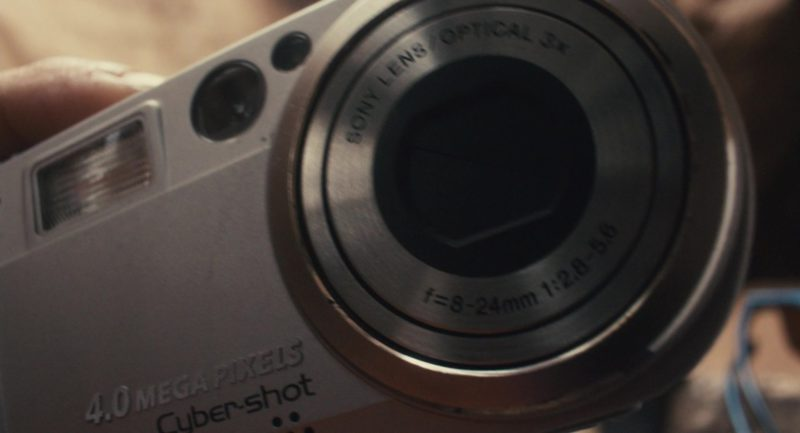 Sony Cybershot 4MP Digital Camera Used by James Franco in 127 Hours (2010) - Movie Product Placement