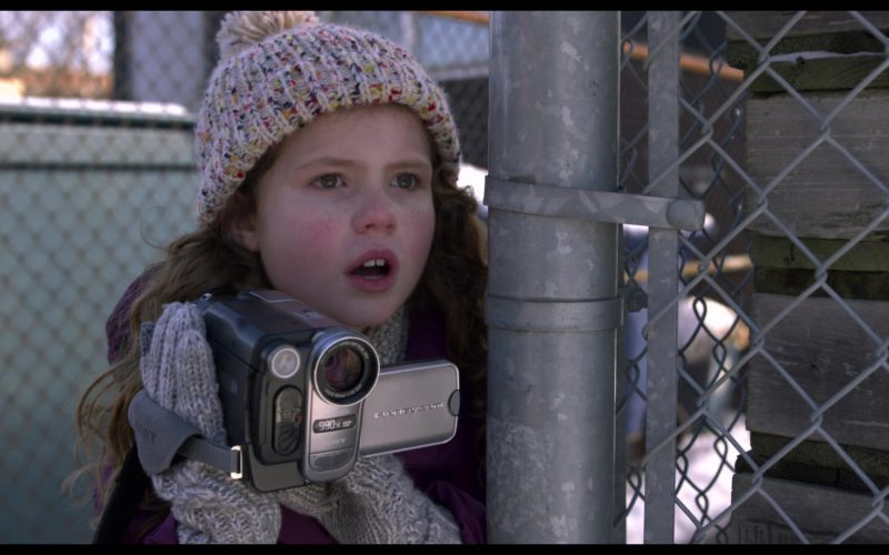 Sony Handycam Camcorder Used by Darby Camp in The Christmas Chronicles (6)