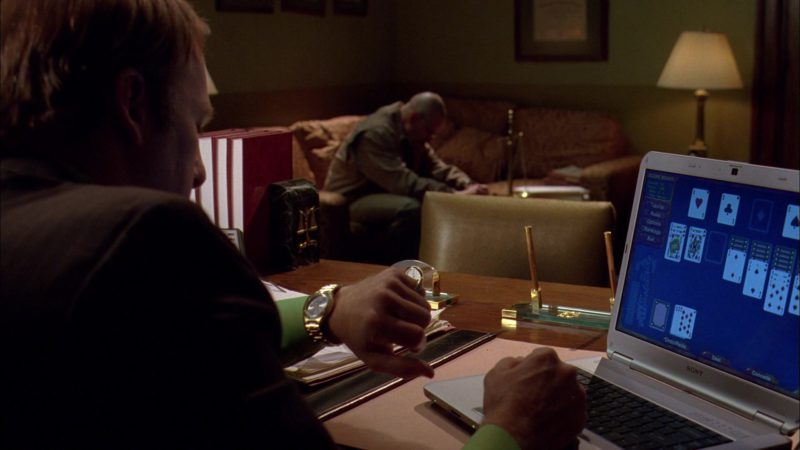 Sony Notebook Used by Bob Odenkirk (Saul Goodman) in Breaking Bad Season 3 Episode 12: Half Measures (2010) TV Show Product Placement