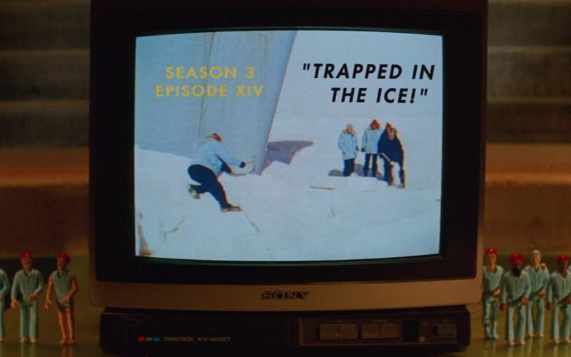 Sony Trinitron KV-1442ET TV in The Life Aquatic with Steve Zissou (1)