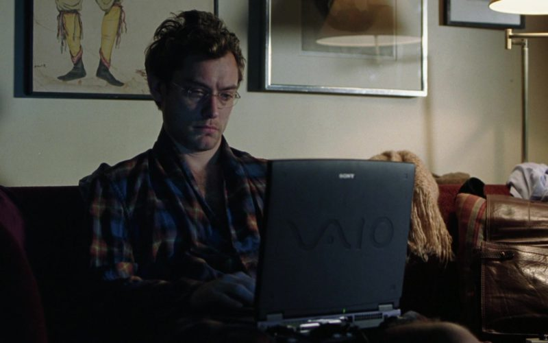 Sony Vaio Laptop Used by Jude Law in Closer (1)