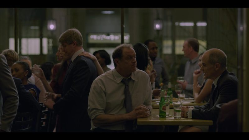 Stella Artois Beer Drunk by Boris McGiver in House of Cards Season 6 Episode 3 Chapter 68 (2018) - TV Show Product Placement