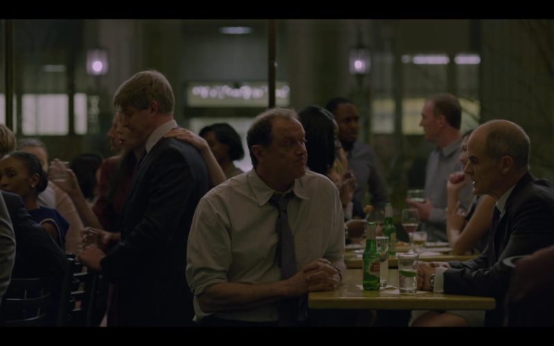 Stella Artois Beer Drunk by Boris McGiver in House of Cards (1)