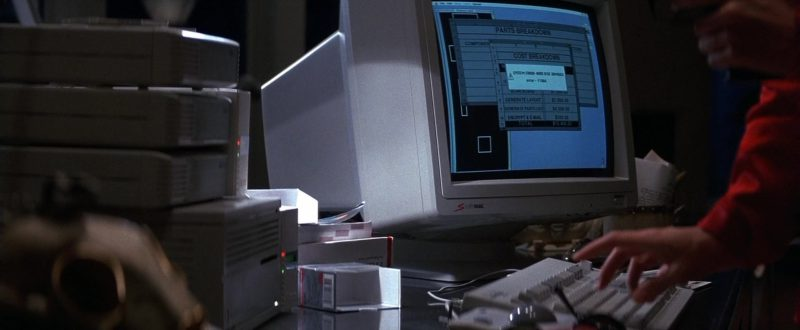 SuperMac Monitors in Point of No Return (1993) - Movie Product Placement