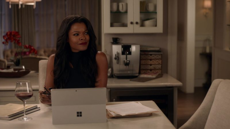 Surface Tablet Used by Keesha Sharp in Lethal Weapon Season 3 Episode 7: Bali (2018) TV Show Product Placement
