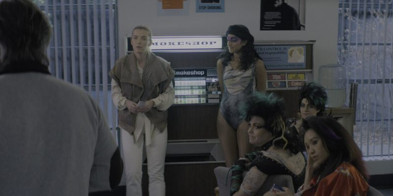 "Tab, Squirt Soda, RC Cola & Coke Vending Machine in Glow Season 2 Episode 7 ""Nothing Shattered"" (2018) TV Show Product Placement"