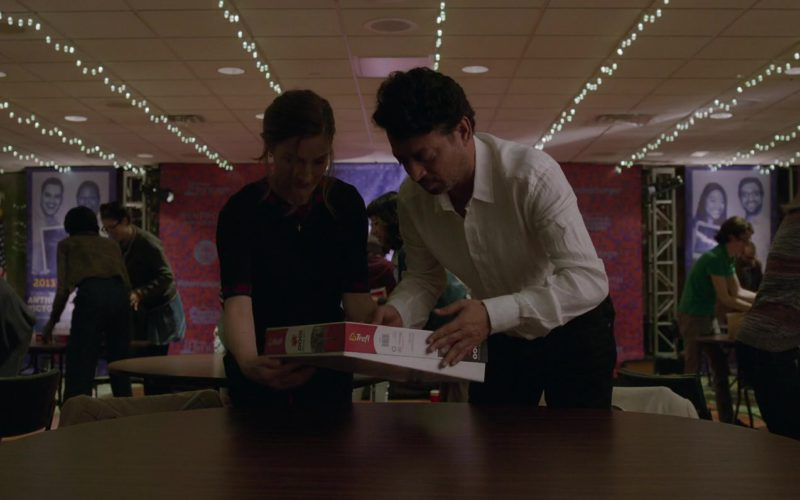 Trefl Puzzle Used by Kelly Macdonald and Irfan Khan in Puzzle (1)