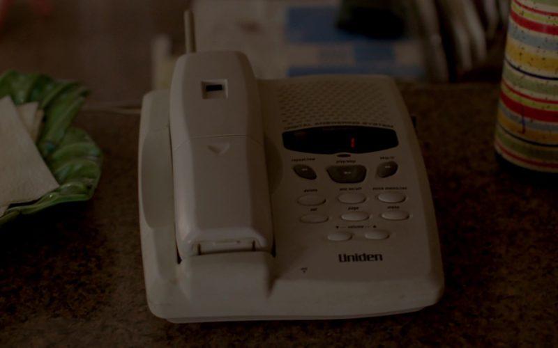 Uniden Telephone in Breaking Bad Season 4 Episode 5 (1)