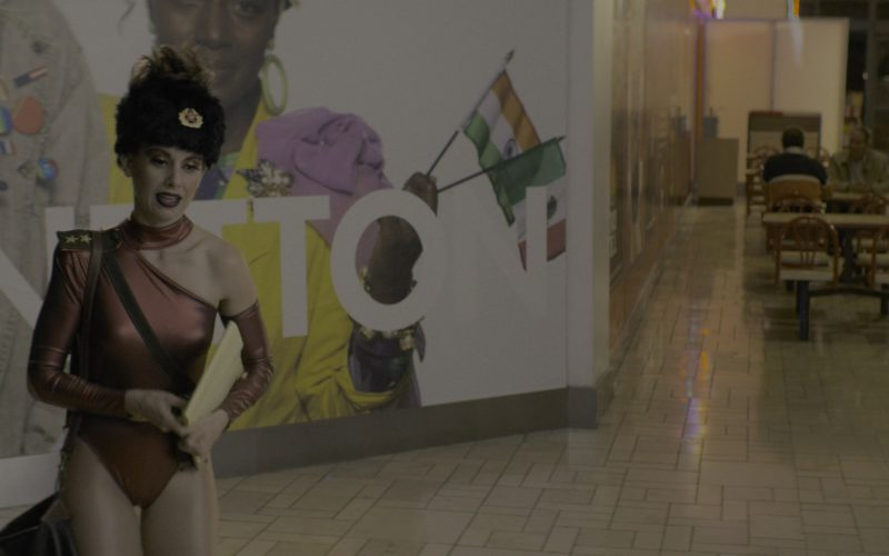 United Colors of Benetton Store in Glow Season 2 Episode 1 (2)