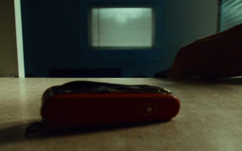Victorinox Swiss Army Knife in 127 Hours (1)