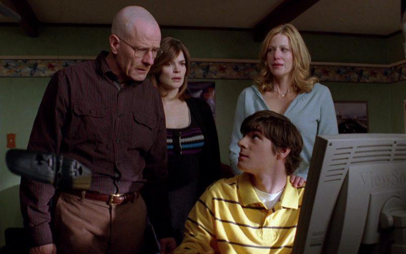 ViewSonic Monitor Used by RJ Mitte (Walter White Jr.) in Breaking Bad Season 2 Episode 12 (1)