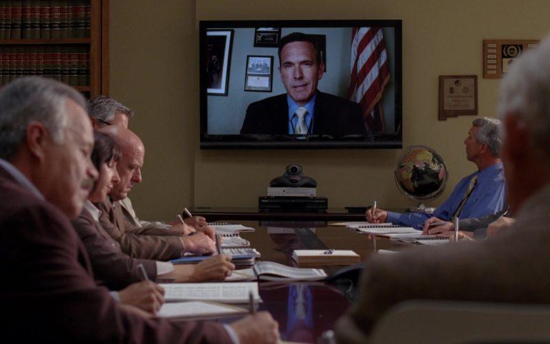Vizio TV in Breaking Bad Season 5 Episode 7 (1)