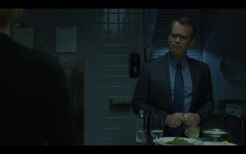 Voss Water Bottle in House of Cards Season 6 Episode 2 Chapter 67 (1)