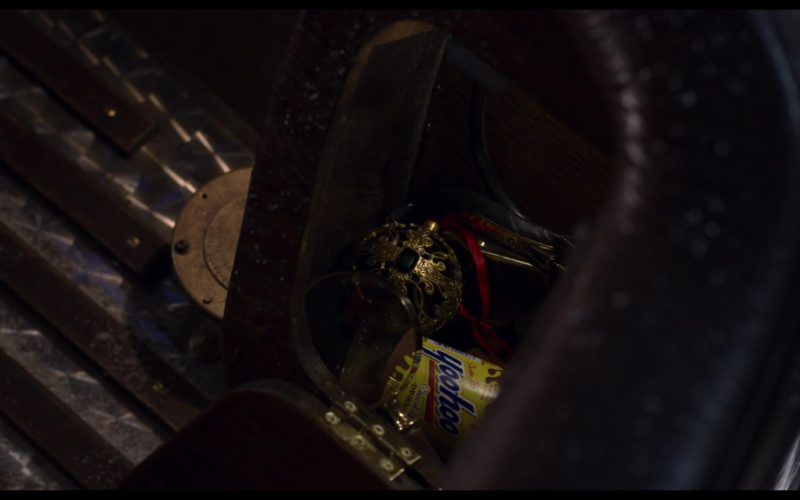Yoo-hoo Chocolate Beverage in The Christmas Chronicles
