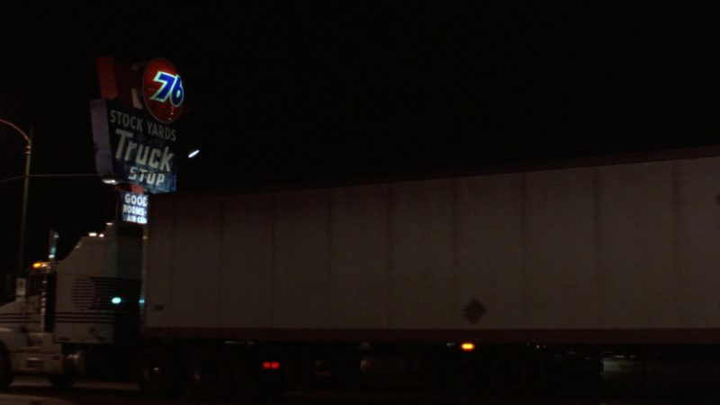 76 Gas Station in The Fugitive (1993) Movie Product Placement