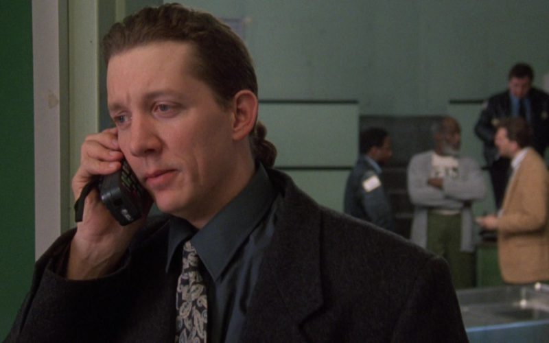AT&T Mobile Phone in The Fugitive (1)