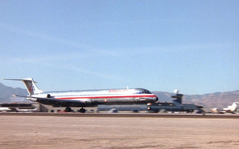 American Airlines Aircraft in Honeymoon in Vegas (1)