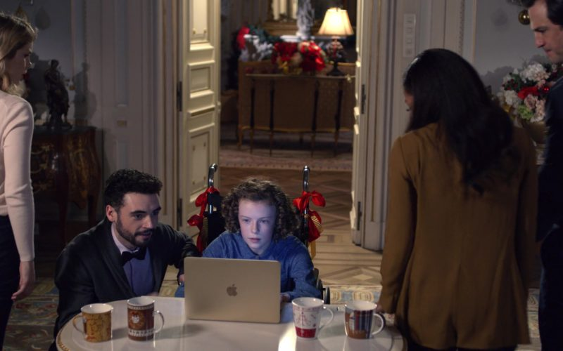 Apple MacBook Laptop Used by Billy Angel in A Christmas Prince (1)