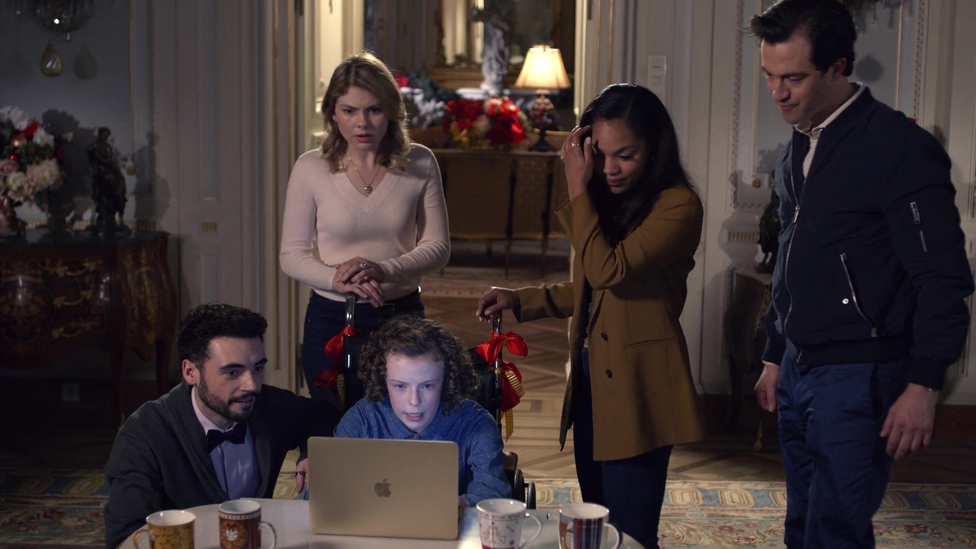 apple macbook laptop used by billy angel in a christmas prince the royal wedding 2018 movie. Black Bedroom Furniture Sets. Home Design Ideas