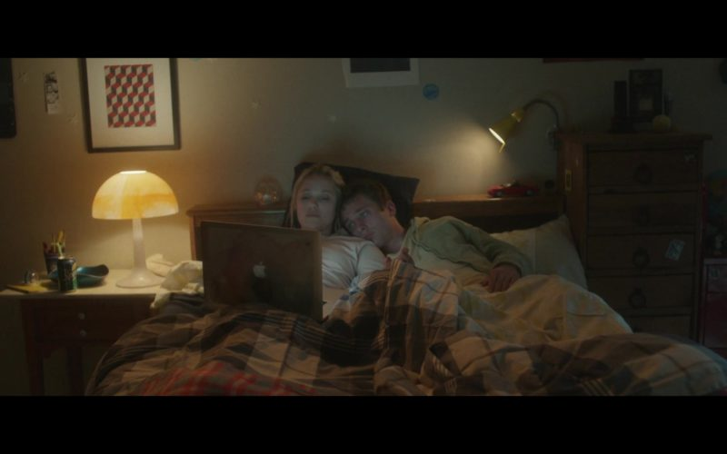 Apple MacBook Laptop Used by Maika Monroe in After Everything (1)