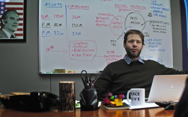 Apple MacBook Notebook Used by Ike Barinholtz in The Oath (1)