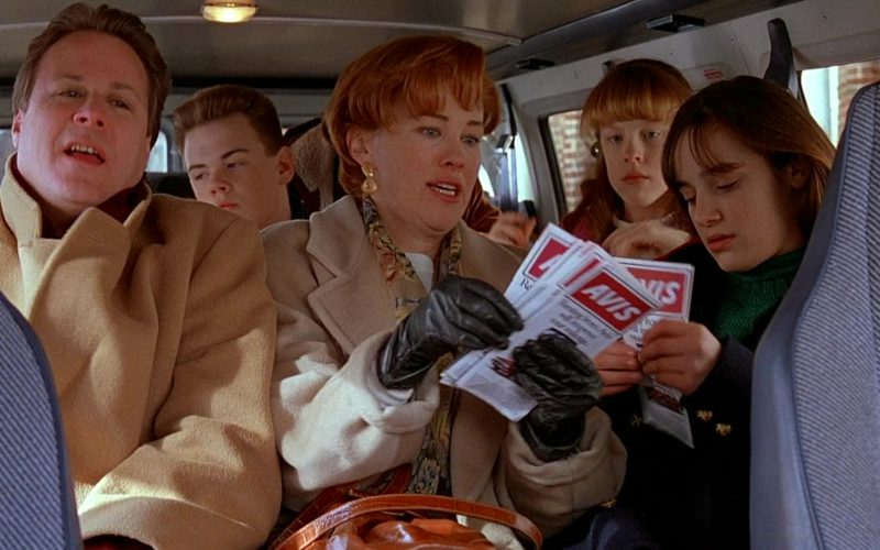 Avis Rent a Car in Home Alone 2 Lost in New York (3)