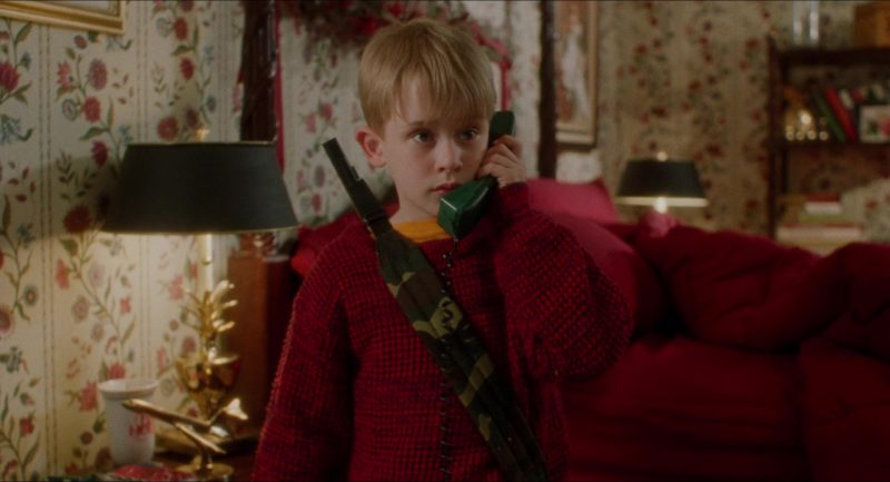 BellSouth Products Telephone in Home Alone (1990) - Movie Product Placement