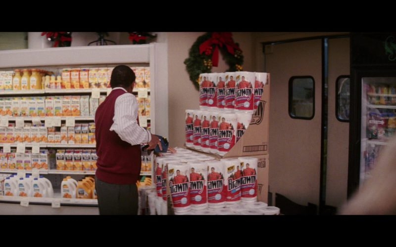 Brawny Paper Towels in Christmas with the Kranks