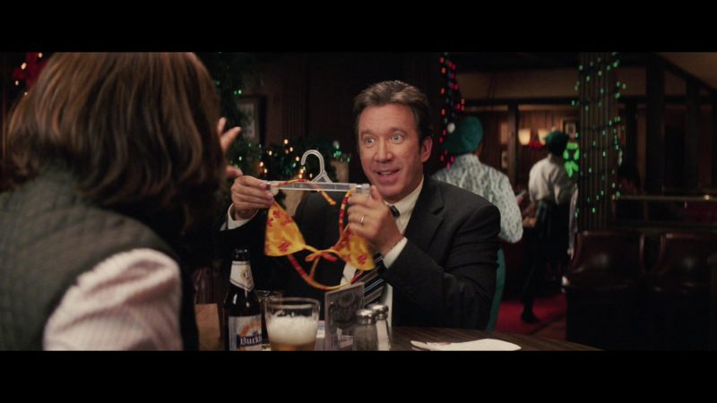 Buckler Non-Alcoholic Beer Drunk by Tim Allen in Christmas with the Kranks (2004) - Movie Product Placement