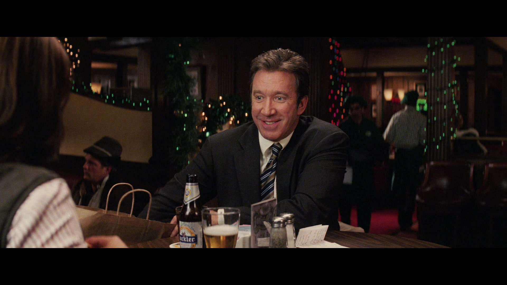 Christmas With The Kranks 2.Buckler Non Alcoholic Beer Drunk By Tim Allen In Christmas