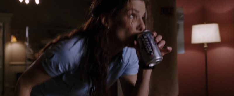 Bud Light Beer Drunk by Sandra Bullock in Miss Congeniality 2: Armed & Fabulous (2005) - Movie Product Placement
