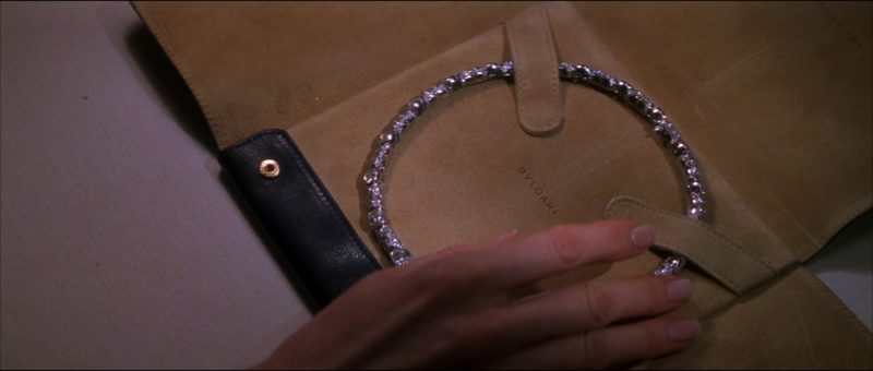 Bulgari Diamond Necklace in The Thomas Crown Affair (1999) - Movie Product Placement