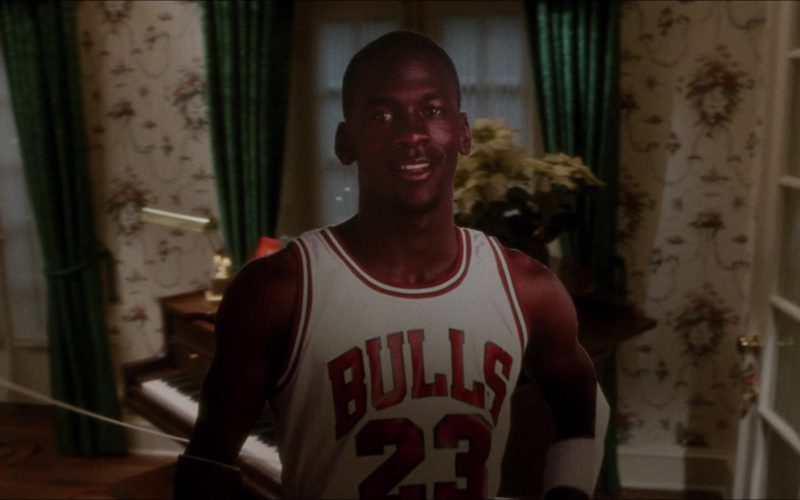 Chicago Bulls Basketball Team in Home Alone (6)