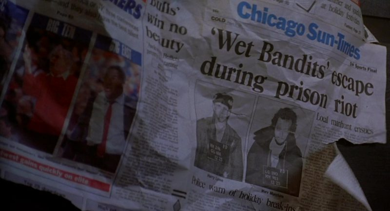 Chicago Sun-Times Newspaper in Home Alone 2: Lost in New York (1992) Movie Product Placement