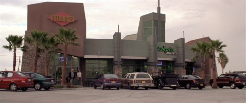 Fatburger Restaurant in Rat Race (2001) - Movie Product Placement