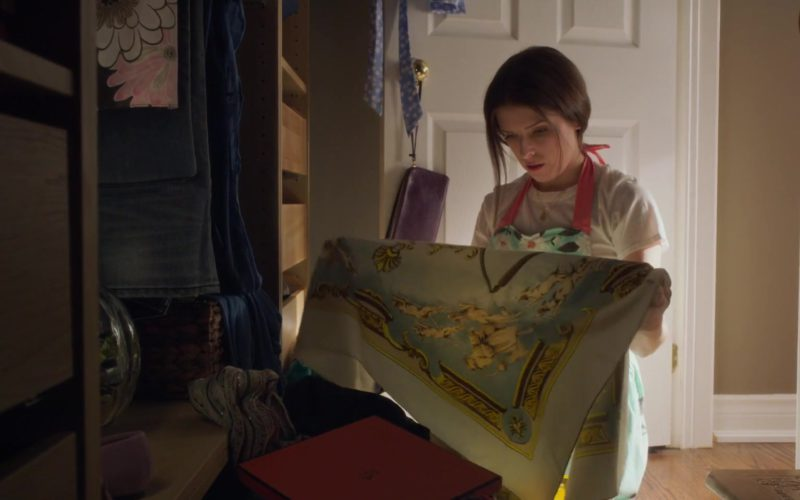 Hermes Scarf Worn by Anna Kendrick in A Simple Favor (1)