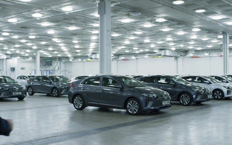 Hyundai Ioniq Cars in Johnny English Strikes Again (1)