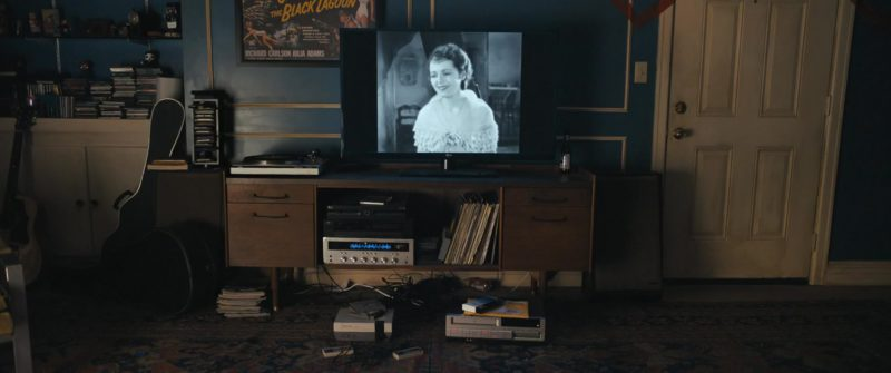 LG TVs in Under the Silver Lake (2018) - Movie Product Placement