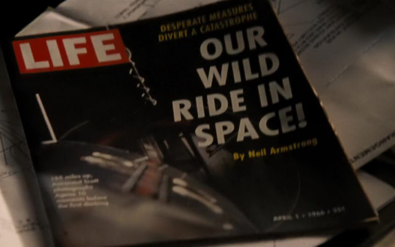Life Magazine in First Man (1)