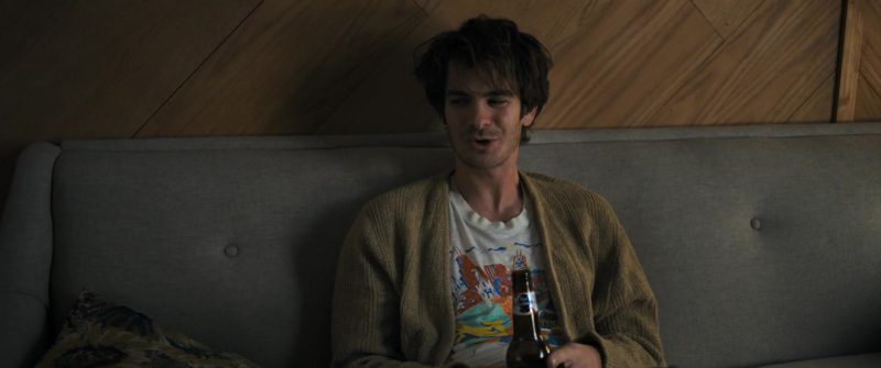 Pabst Blue Ribbon Beer Drunk by Andrew Garfield in Under the Silver Lake (2018) - Movie Product Placement